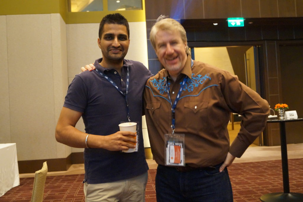 manmeet and Simon at Domainfest 2015 macau