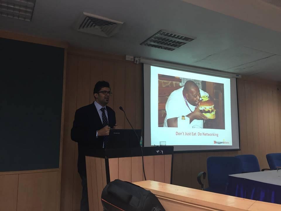 jitendra vaswani blogging workshop at amity university