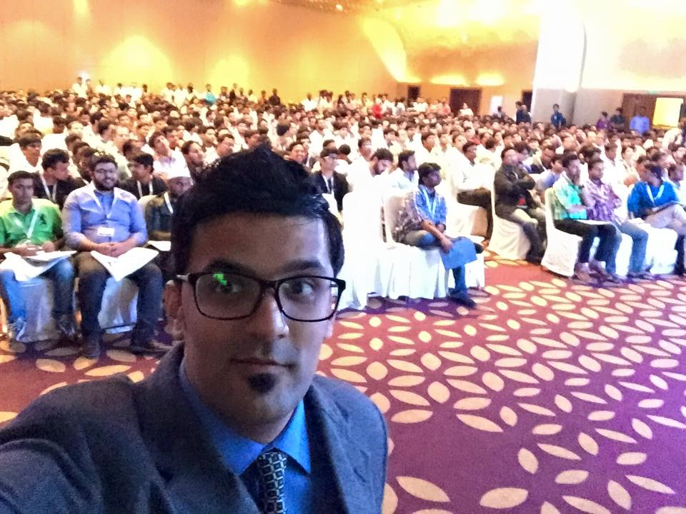payoneer hyderabad roadshow 2015 over crowded