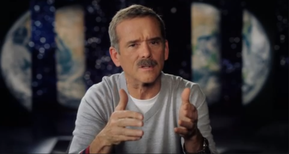 Chris Hadfield Masterclass Review - explanation about space