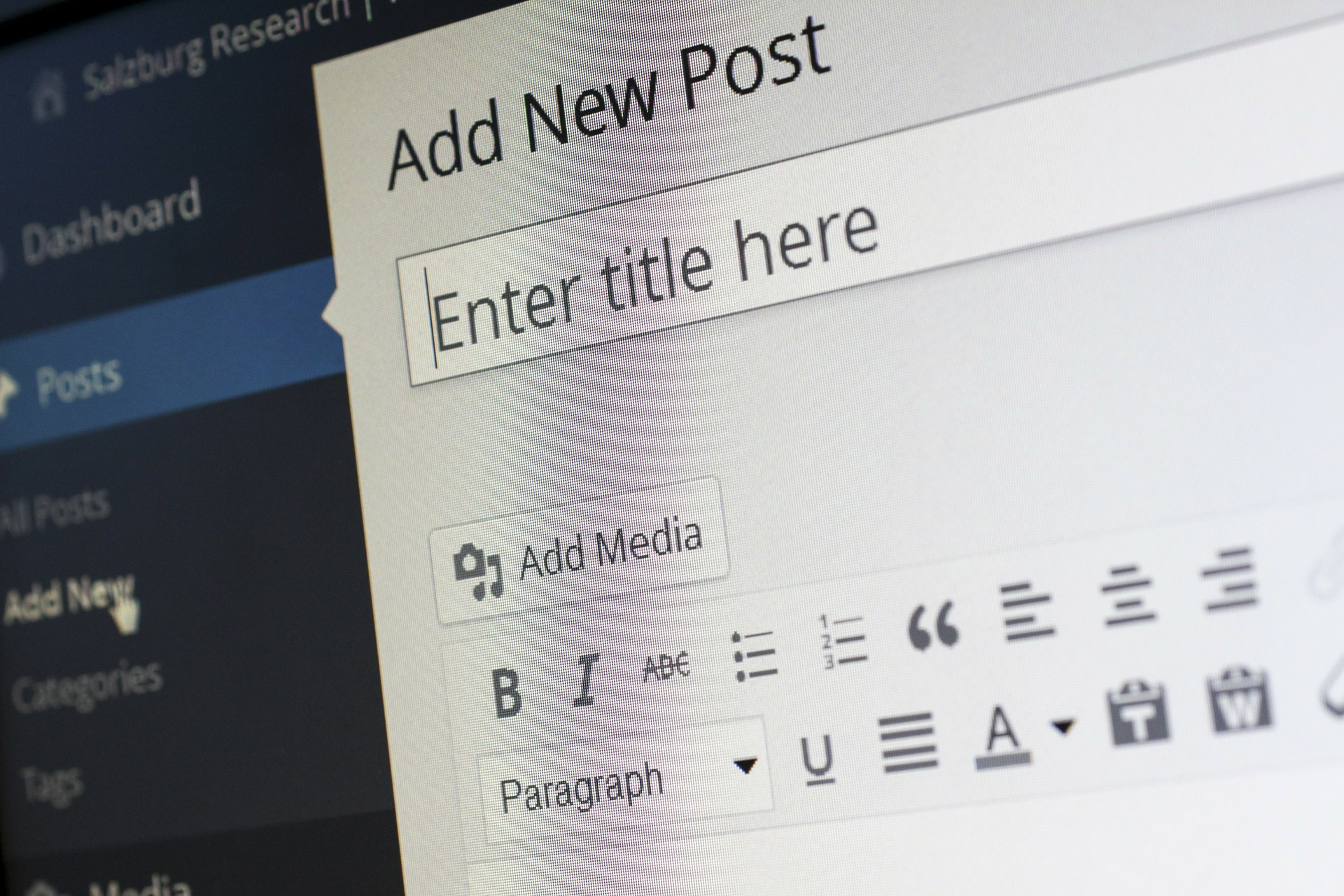 How to Grow Audience with Guest Blogging - keyword search