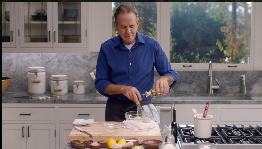 Thomas-Keller-Teaches-Cooking-Techniques-MasterClass - Kitchen Shade